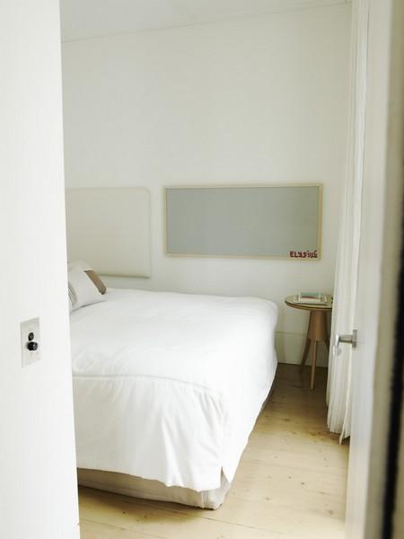 whale-beach-accommodation-b24